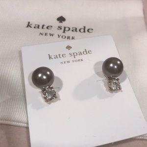 ♠️Kate spade gray pearl earrings ♠️
